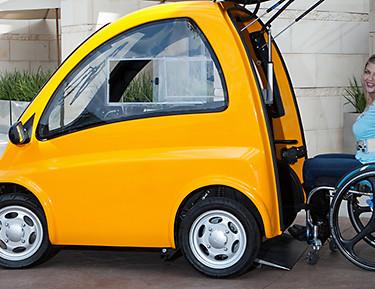 Kenguru: coche eléctrico para personas con discapacidades físicas