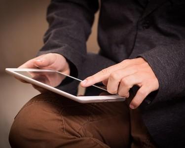 tablet-1075790_640