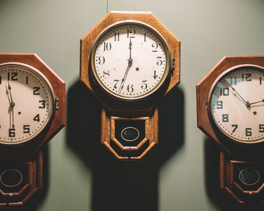 Relojes / (CC) Andrew Seaman @ Unsplash